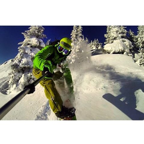 Team rider from #Canada @goldenrider4two0❄️#EmbraceYourOpportunity #Snowboarding #GoPro #goprooftheday