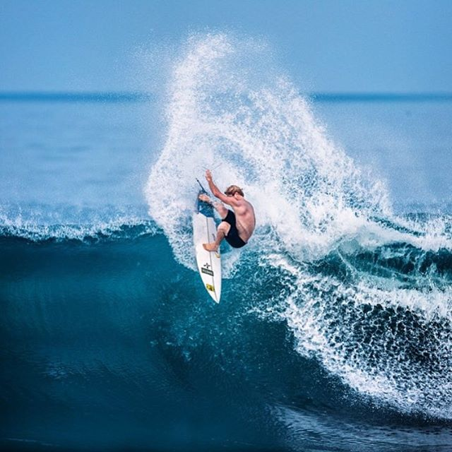 Whipping through the week with @redtide83  #humpday #allthingswater www.bodyglove.com Photo: @nickmeistrell