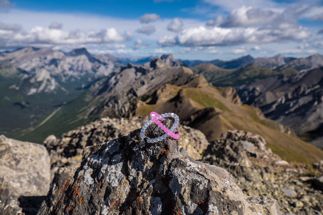 Reaching new heights with our limited-edition pink lokai #lokaihero #livelokai Thanks @dduerds