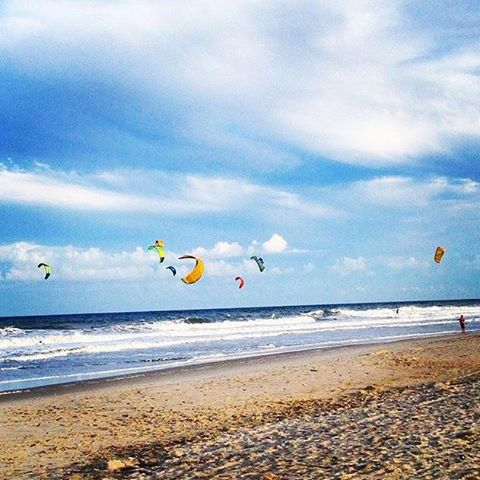 #dontgosummer… it's the perfect time to fly kites!