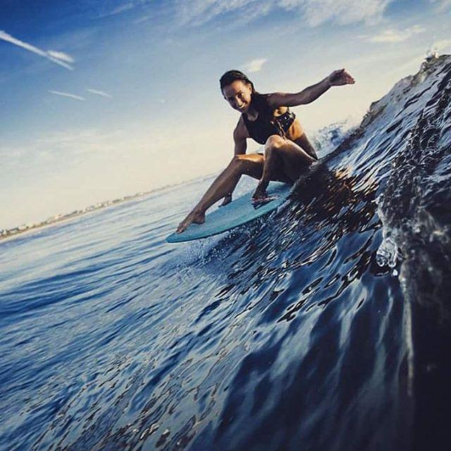 #AkelaSurf #ambassador Amanda Giberson @_longboardlove  photo @dan.florez #fashion #surf #activegirl  #surfswimwear #florida