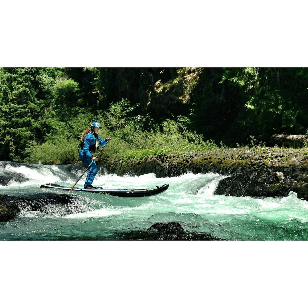 @gnardia Paddling through Maytag on the White Salmon in Washington. #halagear #HalaAtcha #whitewaterdesigned #adventuredesigned #inflatablesup #isup #supthemag #theweeklyinsta #outdoorwomen #adventureladies #boardersmag