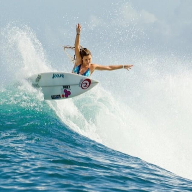 """""""Amo surfear y quiero hacerlo cada vez mejor."""" @alanablanchard #soul #surfing #waves #reefargentina"""