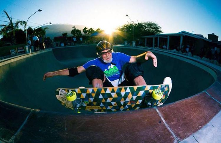 Local park shredder Scott Hostert hits the pool coping on his #Kanthaka like a champ!  #LoadedBoards