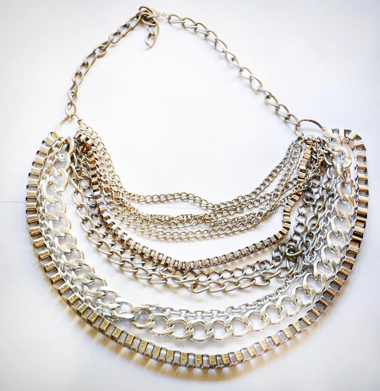 Y si el #dorado con te convencio te dejo la opcion de un #collar #plateado que es puro #rock ✌️✌