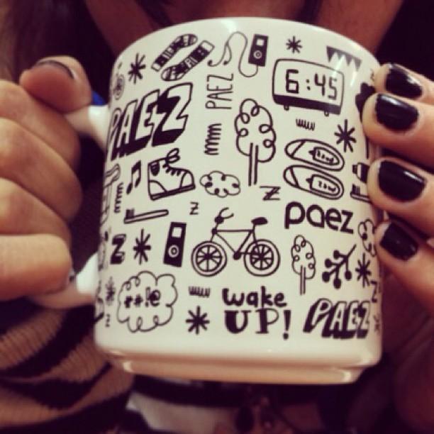 Gut morninnnn ☀️ #mugpaez ya disponible en Paez Store Av. Santa Fe 1699 #welove #mug #wakeup