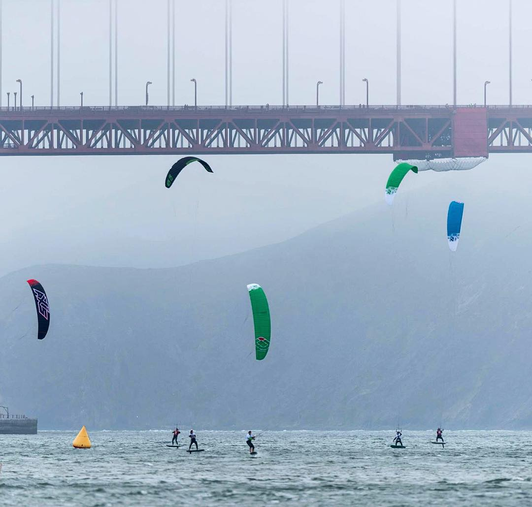 Kites in the Bay & the Golden Gate Bridge // Great shot from this summer's @kitefoilgoldcup. Check out Live 2 Kite online for more epic photos & videos from the event
