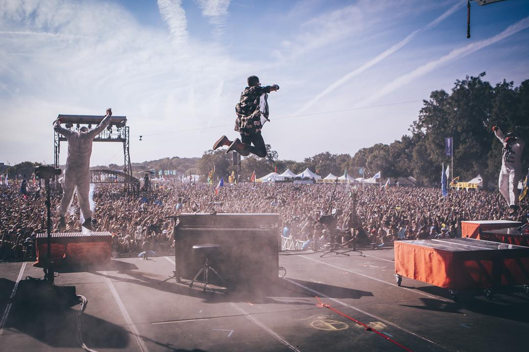 Twenty One Pilots crushed Austin City Limits yesterday. Don't miss The Strokes, The Weeknd, Of Monsters & Men or on demand performances today on Red Bull TV. Watch by clicking the link in our bio. #ACLFest