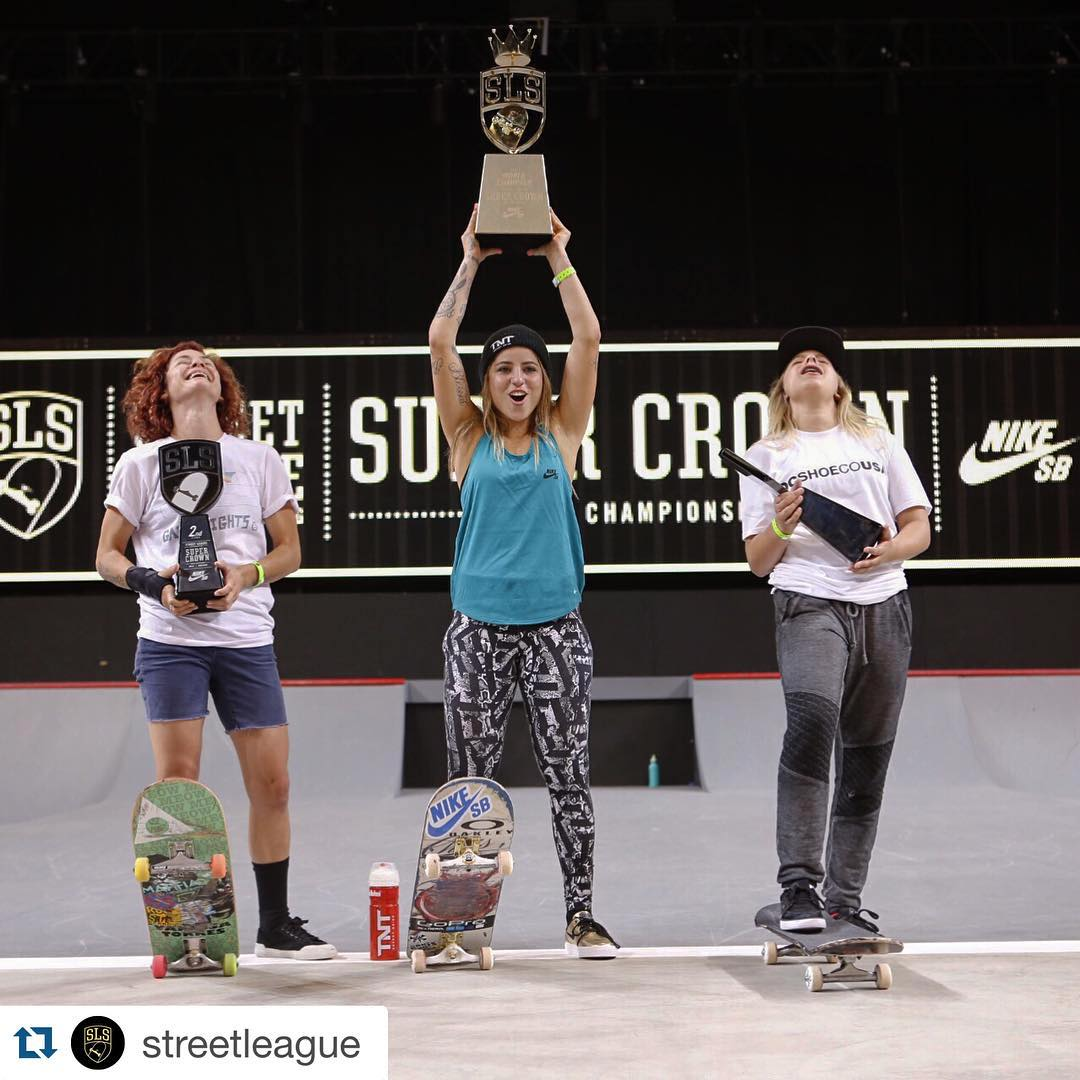 History was made today @streetleague first ever women's division Super Crown!! Congrats ladies for your success and for all the work making this happen!  Repost @streetleague: ・・・ Congrats to @LeticiaBufoni