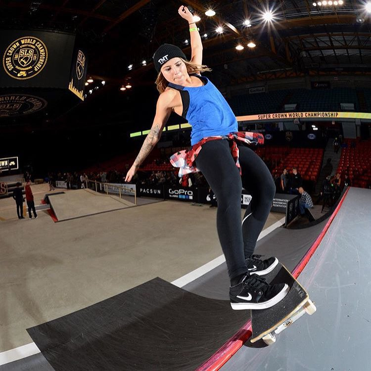 Congrats to #TeamB4BC rider @leticiabufoni for winning the first ever women's division @streetleague @nikesb Super Crown World Championship in Chicago! - #behealthygetactive #streetleague #supercrown #gopro #goproforacause