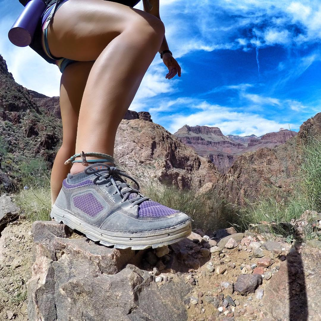 Hiked half way up the Bright Angel Trail to meet our guests hiking in for the second half of our river trip down the Grand Canyon at Phantom Ranch with @azraftadventures. Good thing I had my #astralaquanaut to support me with the heavy loads of...
