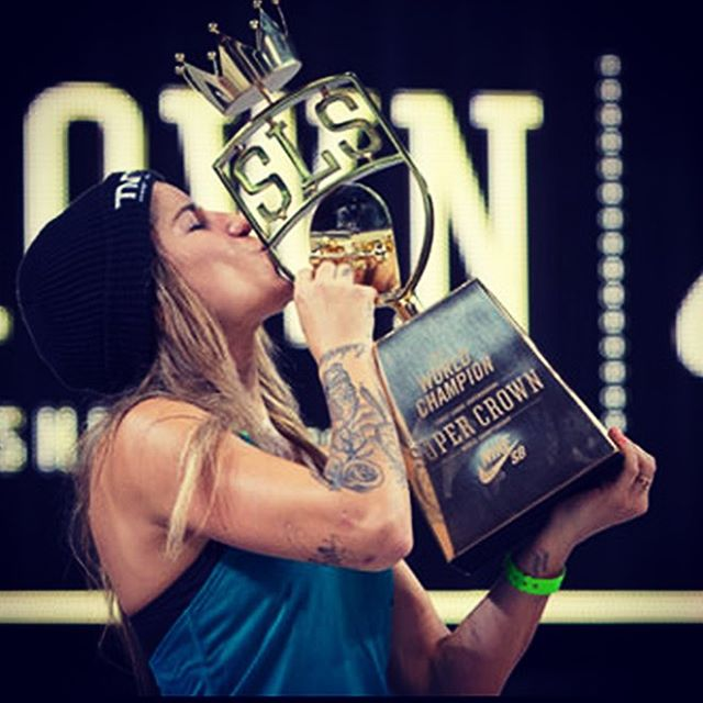 Congratulations to @leticiabufoni on winning the first ever @streetleague @nikesb Women's Super Crown! #skatelikeagirl
