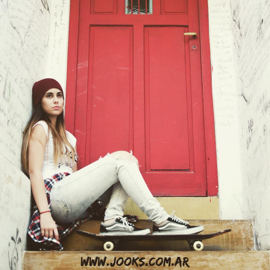 Toda la colección #Jooks de damas la encontras en www.jooks.com.ar #beanie #remera #camisa #argentina #tiendaonline #surfshop #skateshop #surf #skate #girl #clothing #shirt #tshirt #sale #winter #invierno #skateboarding #skateboard