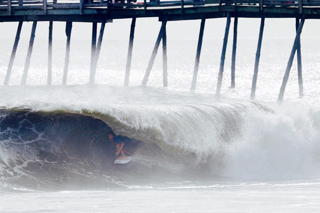 The east coast has been reaping the benefits (and getting punished) from #HurricaneJoaquin. @lairdmyers_surf finding shelter from the storm.
