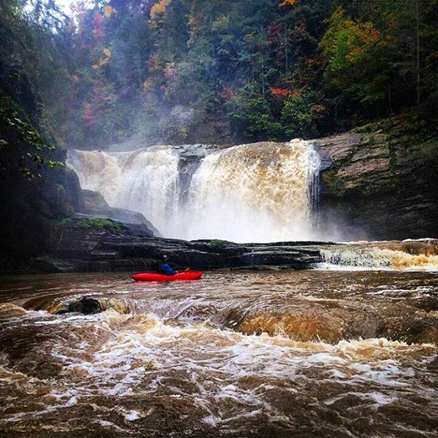 #waterfallwednesday brought to you by @thwright90.  This is #compression falls on the #elkriver. #cuzrockshurt #828isgreat
