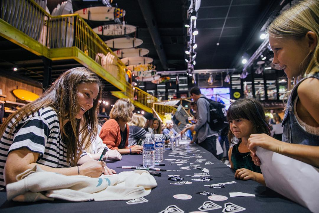 Last night, we celebrated the opening of the #ROXYpro France with a snow team signing session at our  Boardriders 162 Campus in Saint-Jean de Luz, France. An evening to remember, thanks all!
