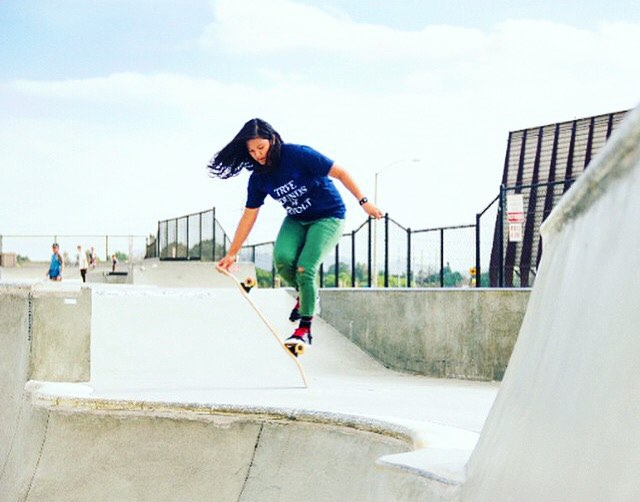 @francescarosario's truckstand to fingerflip. Tracy Molinar photo.  #longboardgirlscrew #womensupportingwomen #lgc #skatelikeagirl #francescarosario #truckstand