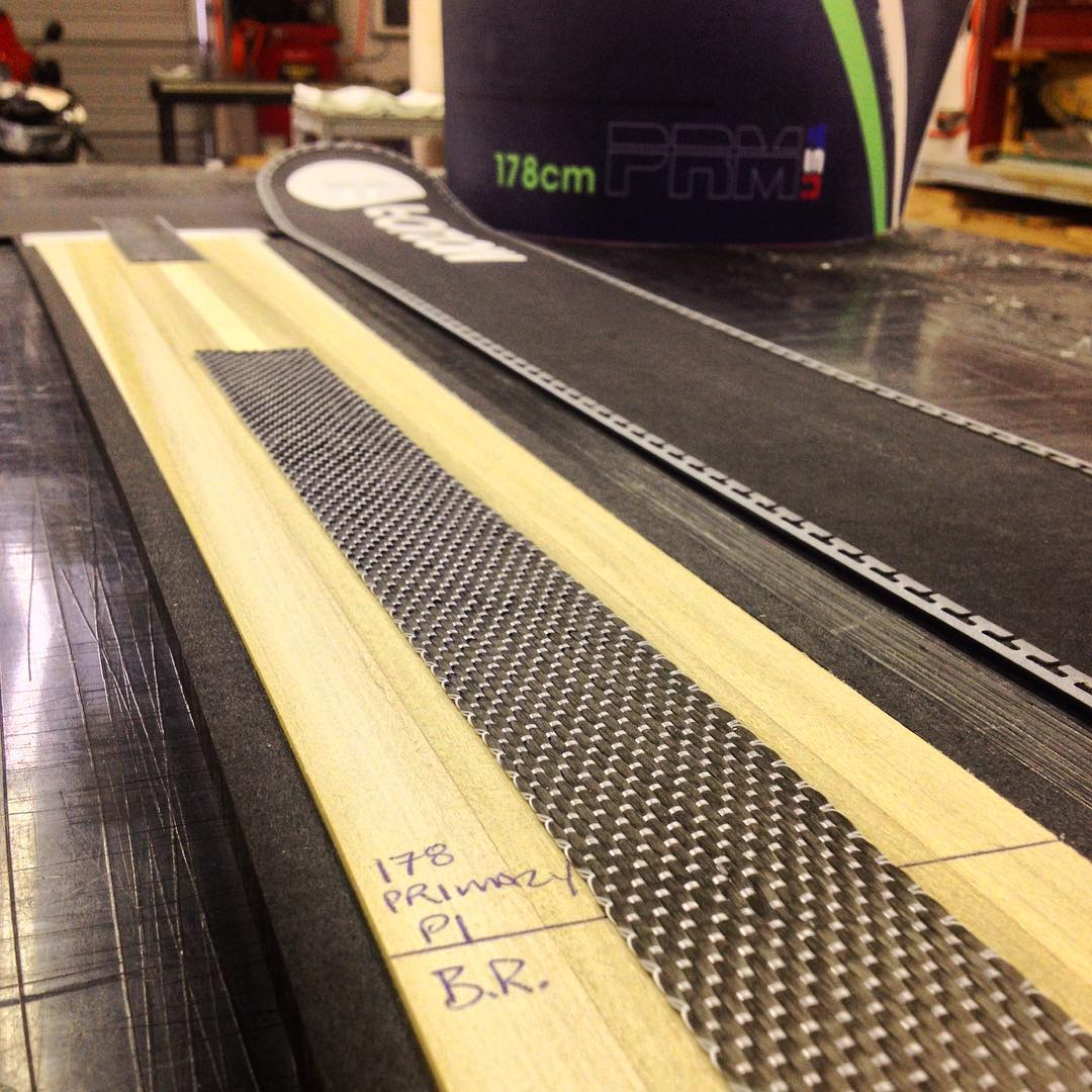 Up close and personal with a full custom 178cm Primary. #dynamicstyling #carbonfiber #poplar #bamboo #ultrahighmolecularweightpolyethylene