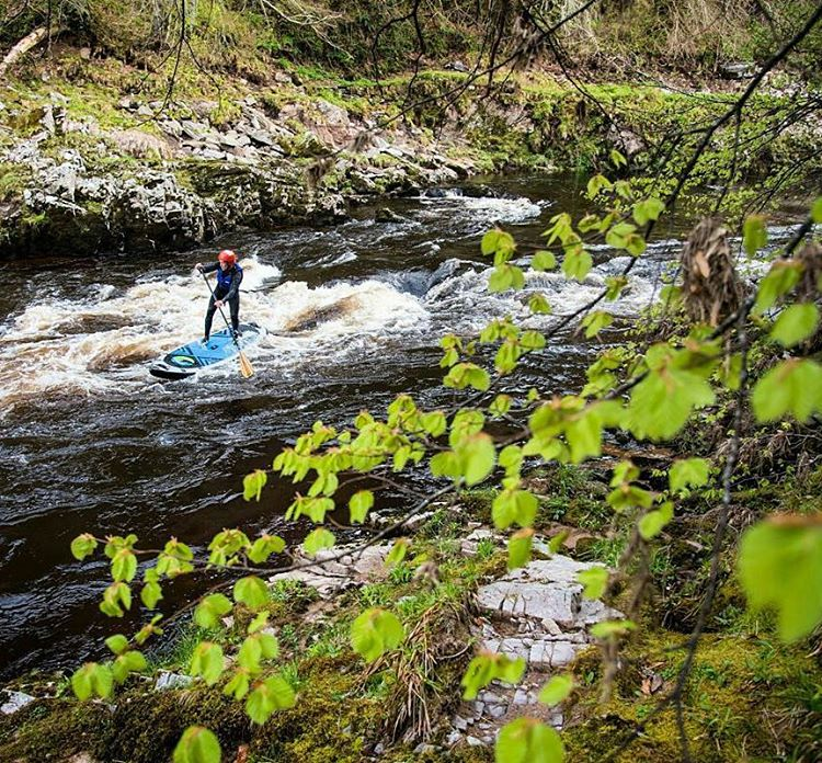#Repost from @blackschmidt ・・・ Will Taylor on the River Findhorn, Scotland for @supthemag #halagear #adventuredesigned #whitewaterdesigned #explorer #paddleboarding #whitewaterismagic #scotlandsbeauty #weloverivers