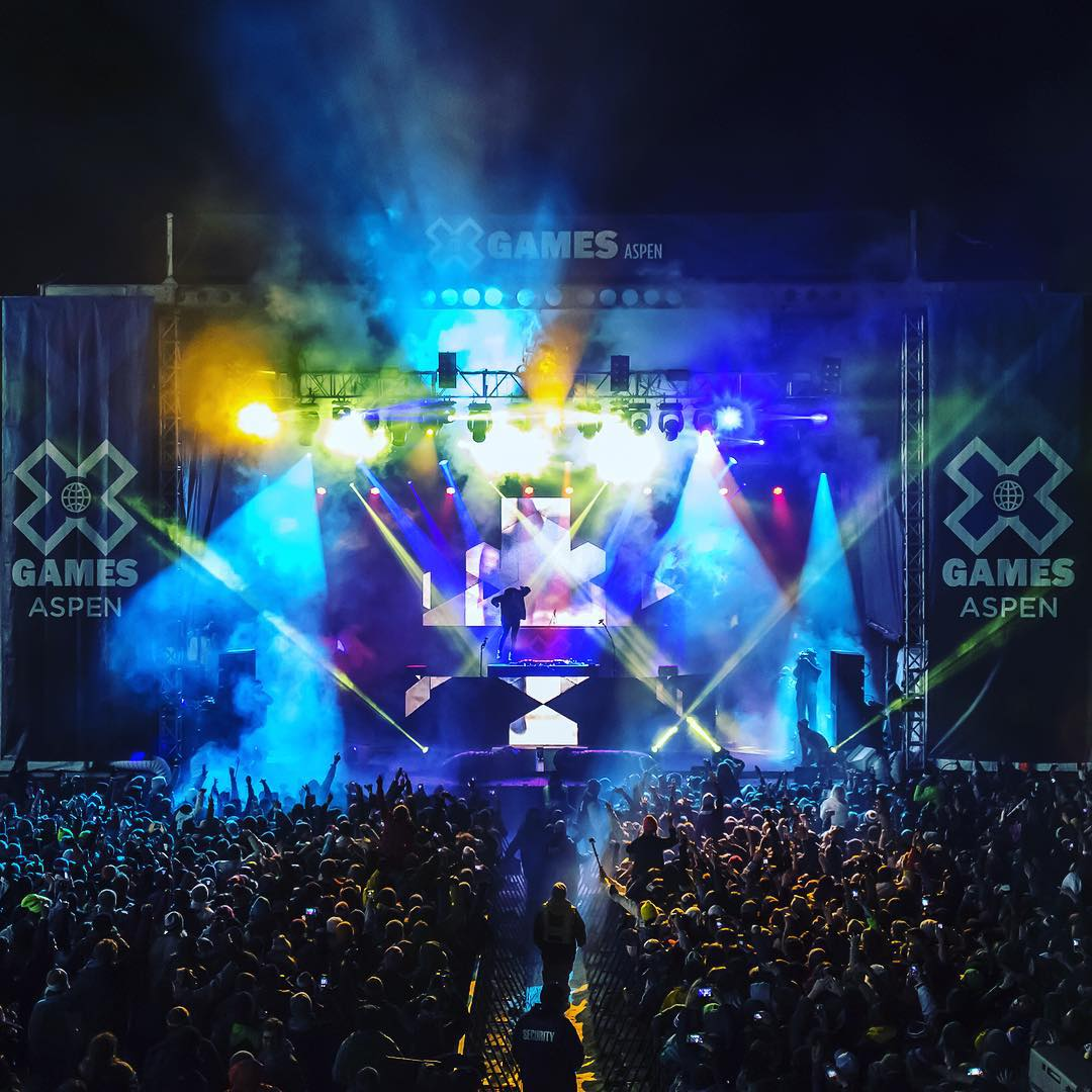 #TBT – @chromeo, @skrillex, @snoopdogg and @mistercap set #XGames Aspen on