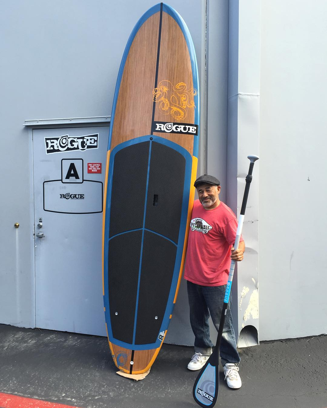 "An absolute legend @steviecab came by the shop today to pick up his brand new 10'2"" Cracken Allwater #roguesup. #sup #paddle"