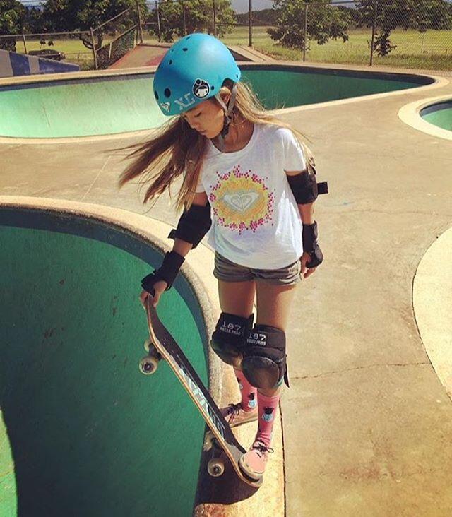 Repost from @surferleila : Ready... set... drop! #roxy #xshelmets #skate #skateboarding
