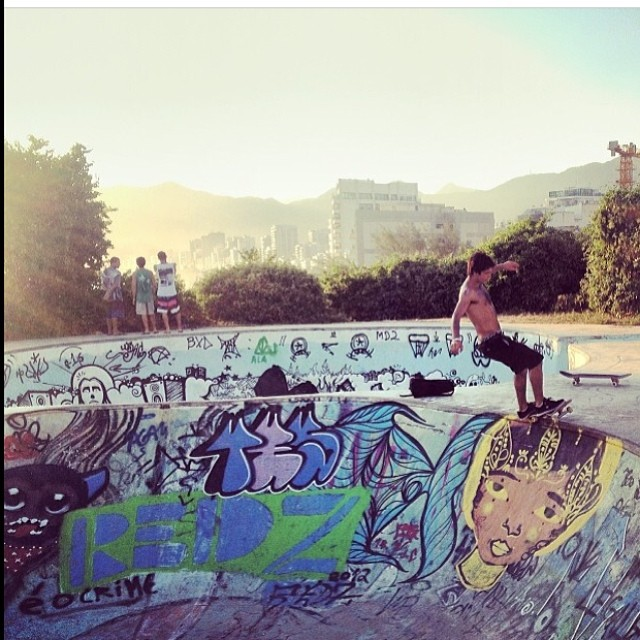 """Más del """"Chino"""" Sandro Moral @sandromoral #skate #volcom #volcomfamily"""