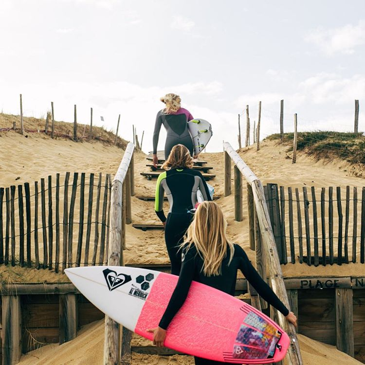 Follow the leader.  @stephaniegilmore, @chelseatuach and @biancabuitendag are ready for the #ROXYpro to kick off today. Tune into the @wsl dawn patrol to see if the girls will hit the water. How will you be watching?  roxy.com/profrance