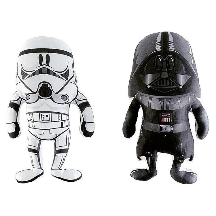 Esta pareja te invita al lado oscuro!  #muñecos #stormtrooper #darthvader #starwars