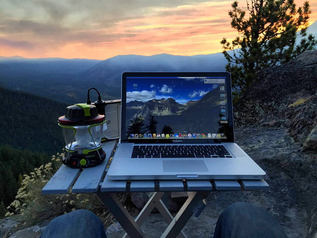 Our friend Matt at @campillustrated getting work done. Ditch the cubicle. #officeanywhere
