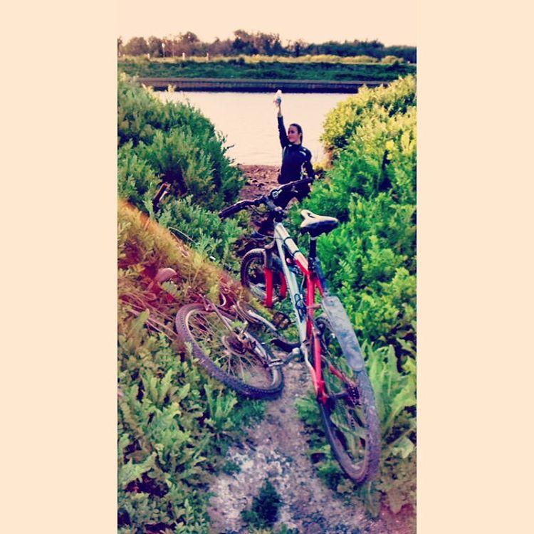 Un lugar secreto mas en mi bolsillo. #bike #trek