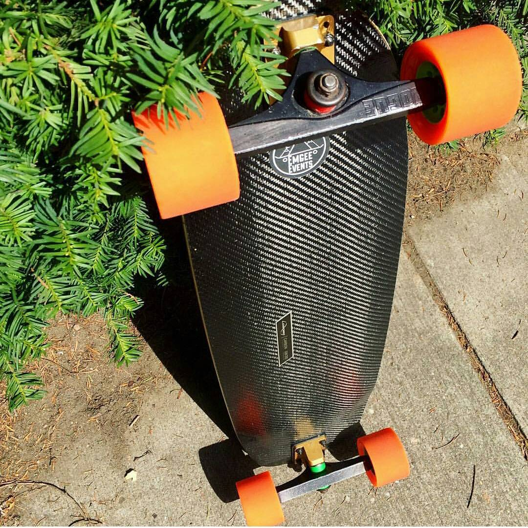 #LoadedAmbassador @emgeemann got his #CarbonTesseract equipped with a mean looking setup of #Orangatang Orange Kegels and Rogue Precision trucks.  Thanks to all of your support, @stokedorg was able to initiate a new program in the Los Angeles area with...