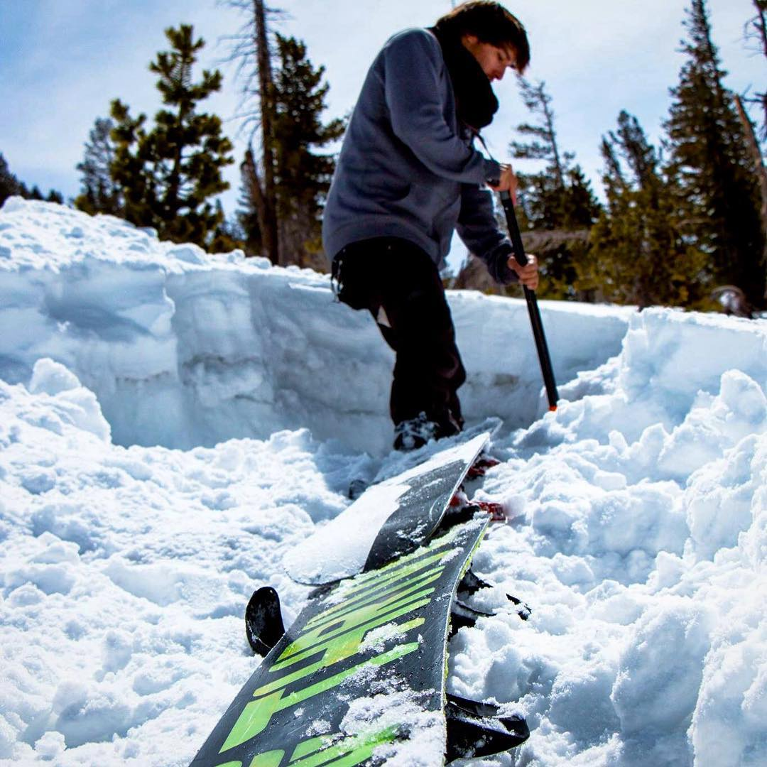#workhard #playharder #snowboarding in the #backcountry #thrivesnowboards