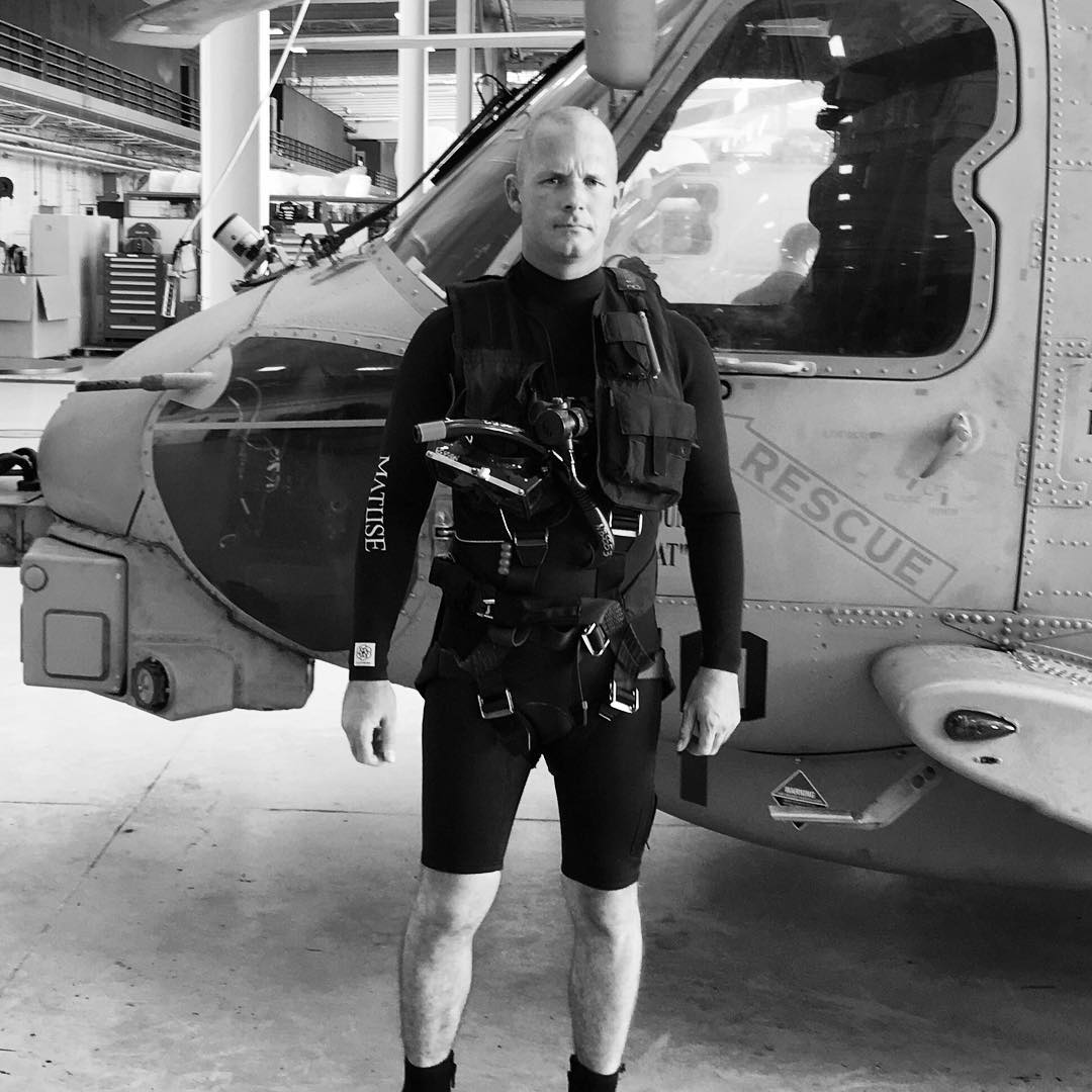 Big ups to @nick_barringer and the U.S. Navy SAR Swimmers that wear the Ichiban aka #geoprene aka the 2mm glued and blind stitched Hoplite G Spring aka the warmest spring suit on the planet #ckth #lovematuse
