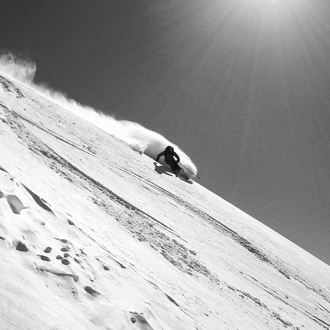 Winter is around the corner in the Northern Hemisphere. #FlashbackFriday to @laslenasnow and @prussell8750 finding the goods on the Wailer RPC. #dpsskis
