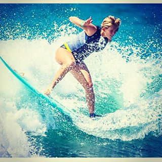 The amazing @bethanyhamilton in  action. Get inspired this weekend!