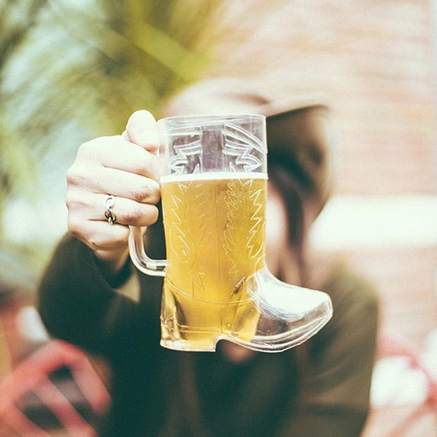 It's Saturday that's mean I work until beer o'clock. #indeed - @aggyferrari and her cool pic