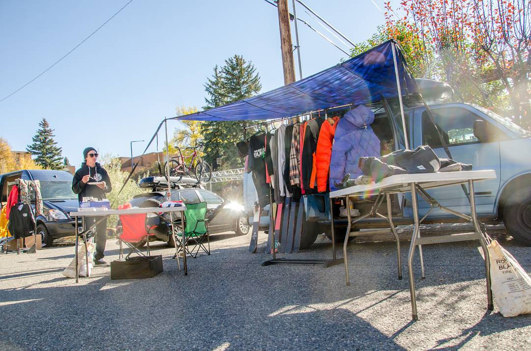Pro sale happening right now! Come by and pick up some pros new and used gear at the Play Hard Give Back HQ until dark tonight.  Also make sure to come by tonight for the movie showings starting at 6:00 pm until midnight!  #phgb #sunvalley