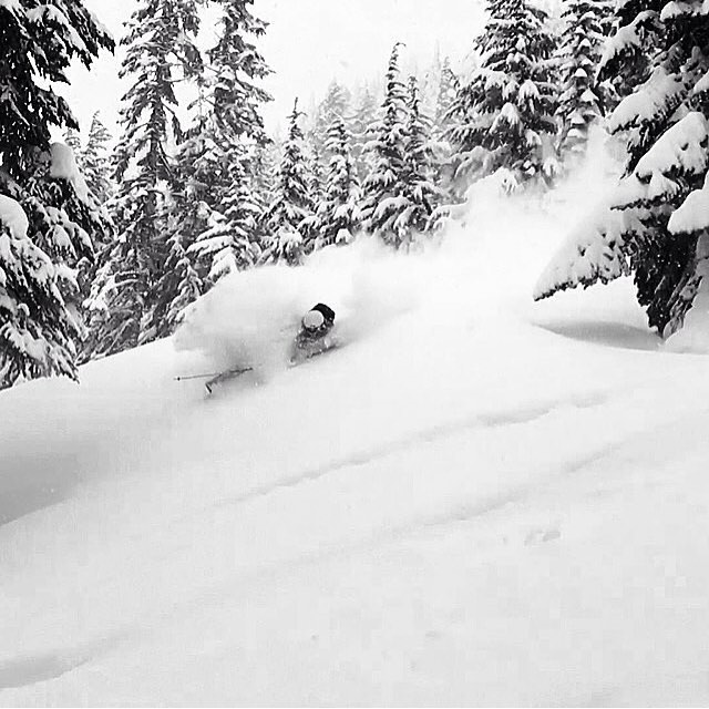 If you like winter, skiing, snowboarding, beer, and great music come to @evo in Seattle tonight from 5-10 to support @nwacus! // Northwest Avalanche Center (NWAC) let us support this awesome Non-profit // Come celebrate this upcoming winter!! Photo:...