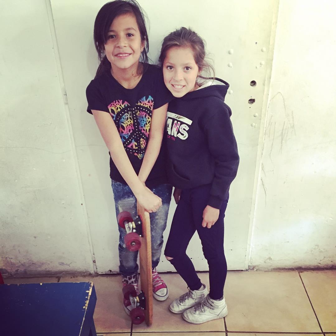 Maestras que enseñan como seguir! #Deslizate #skate
