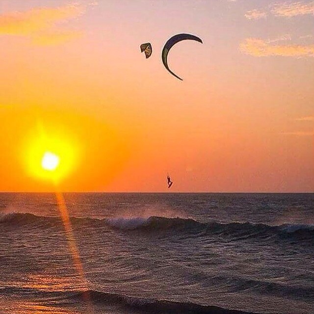 A perfect end to a perfect Day ✌️#kitesurf#sunset#legiontravel