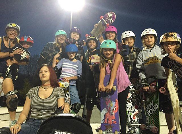 Rad sesh last night with our Colorado ladies!! Thanks to @sillygirlskateboards for helping us out with the raffle!