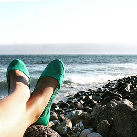 """Watching the surf in Mexico with my super comfy #Indosole... Also wore these to the club in Ensenada... Seriously. Best dancing shoes ever"