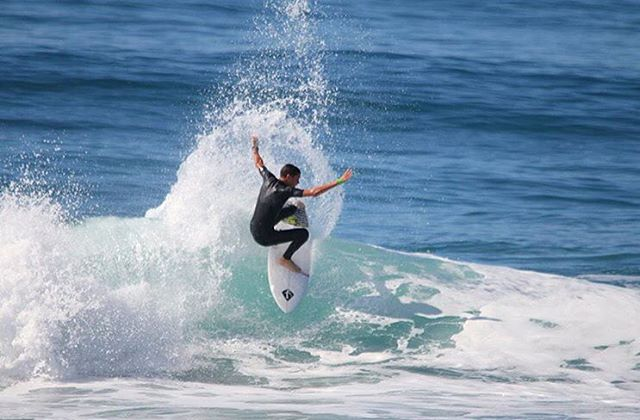 @danemackie warming up for the @isasurfing World Junior Championships in Oceanside. Contest starts Monday.