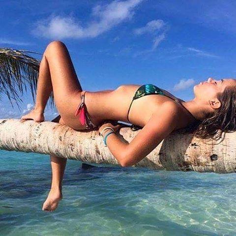 Recargando las energías! @PaigeMaddison @ReefGirls #soul #surf #ReefGirls #lifestyle #LifeIsShortGoSurfing