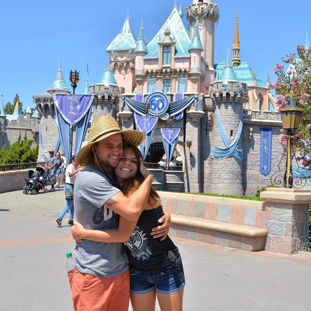 Missing this gal so much right...want to be at Disneyland with her more than anything! @whatthefett love you!! #loveandrea #hug #disney #gardner