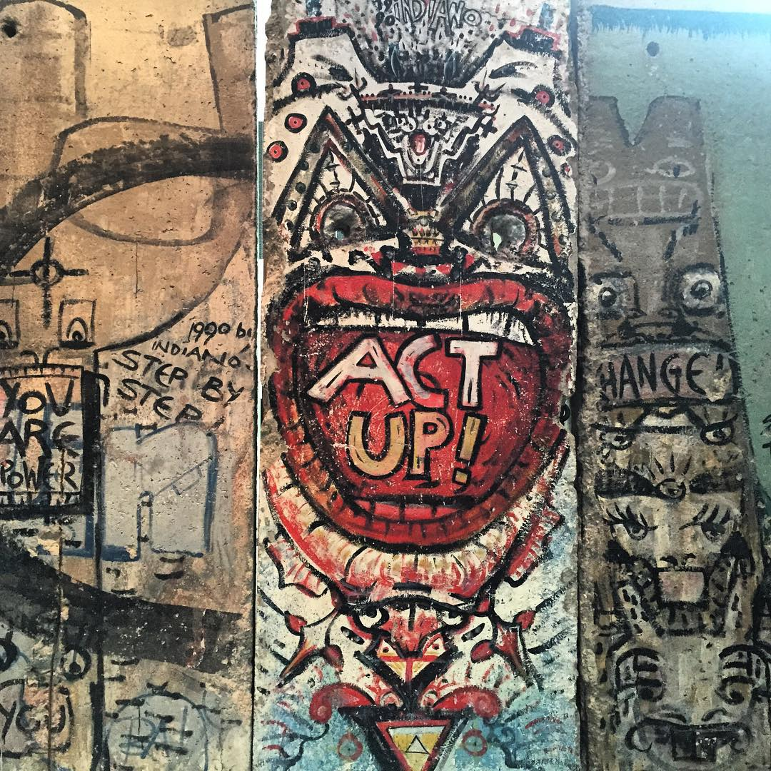 Berlin Wall section at the Newseum, Washington, D.C. PC @reedshooty #artplusfunction #ckth #lovematuse