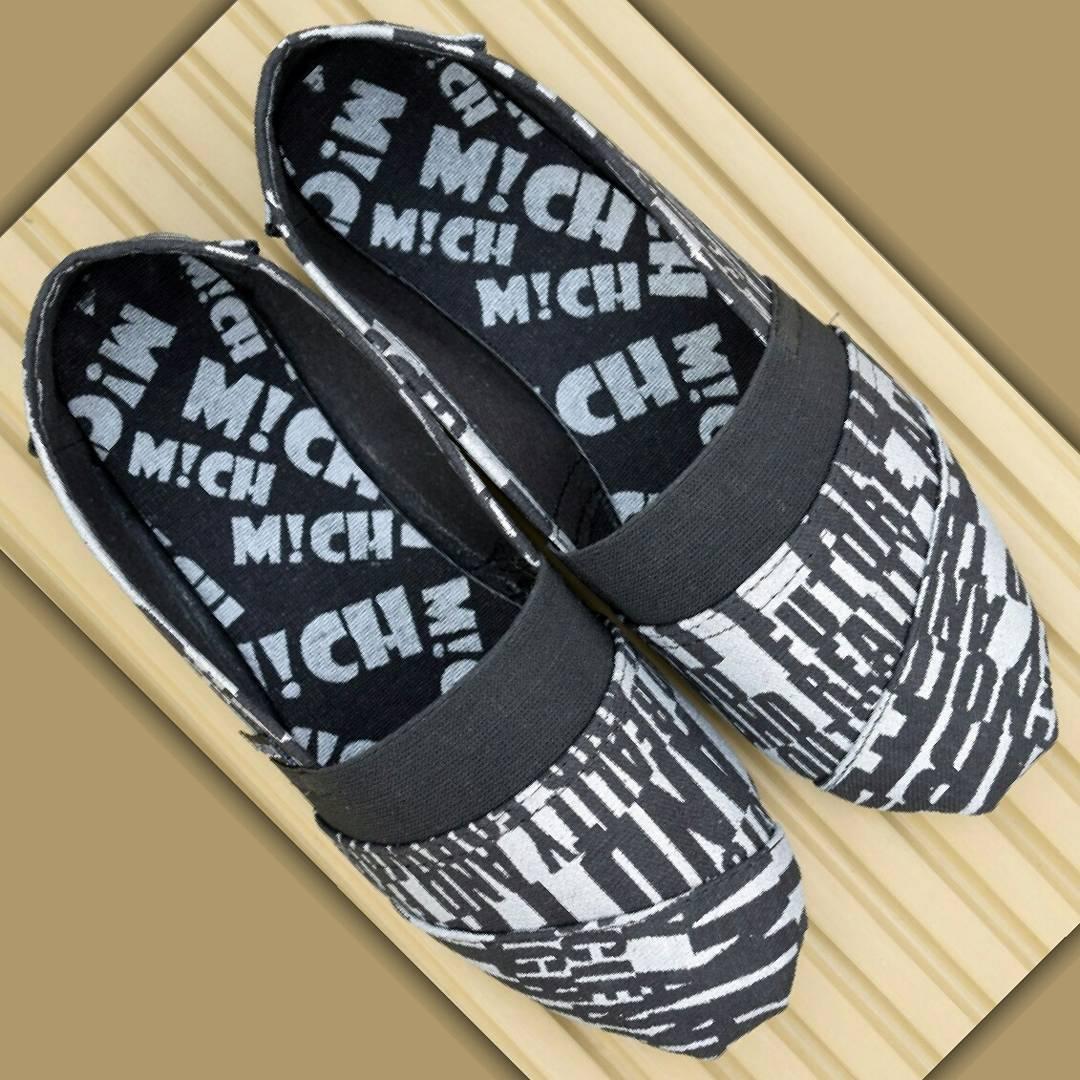 Black Grafitti - SS 15 16. #nauticas #alpargatasmich #alpargatas #shoes #Michshoes #Mich #estampadas #diseño #calzado