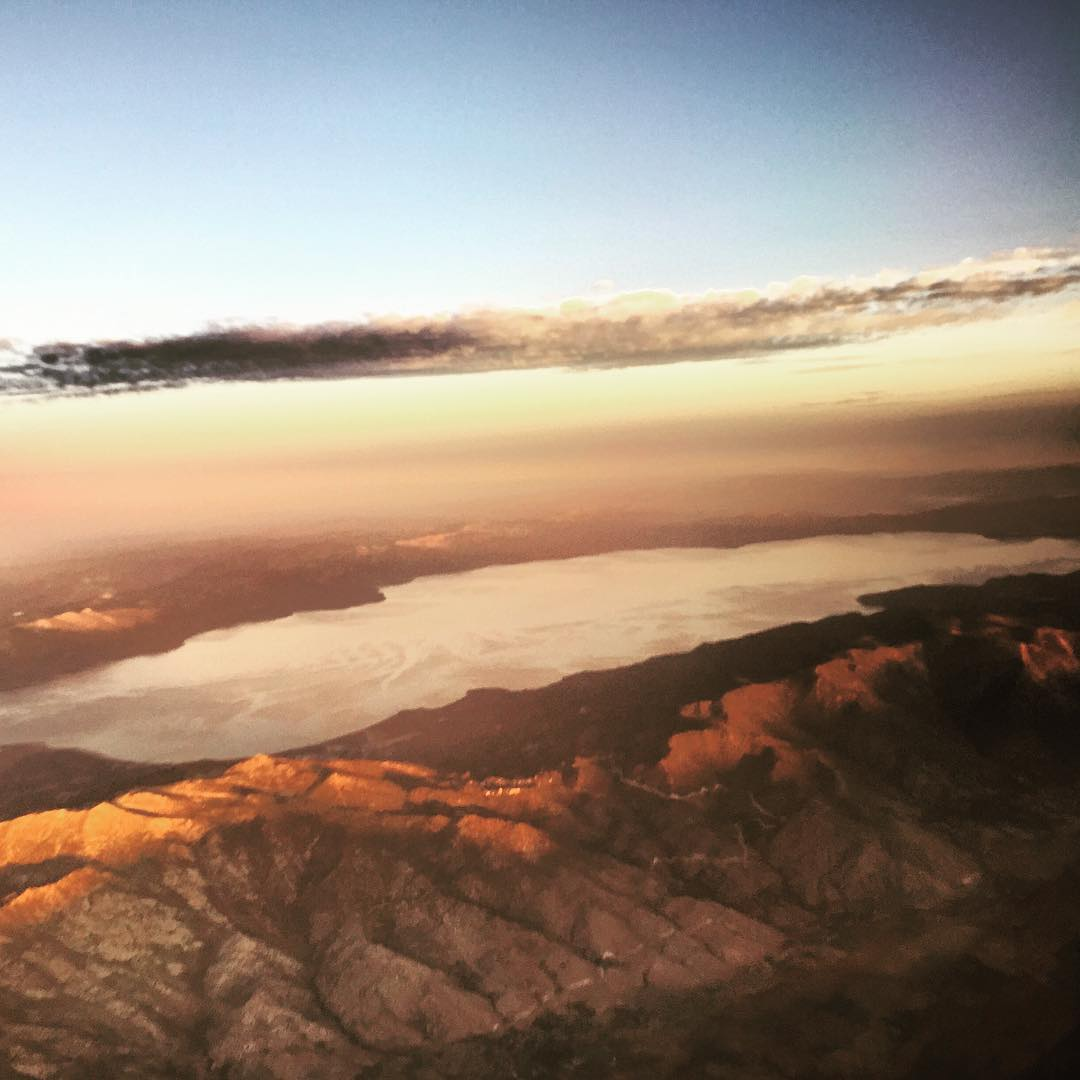 It's never a bad feeling flying home to this. Well played @southwestair.  _ #tahoemade #thisistahoe #itswayoutthere