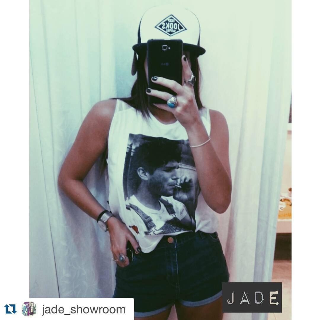 #Jooks para ellas también! #Repost @jade_showroom with @repostapp. ・・・ Short gibson- reme Ashton- gorra Jooks. #shop #surf #summer #surfshop #skateshop #trucker